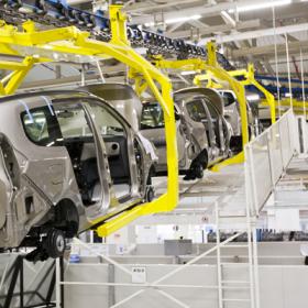Automobilbranche_CAFM_Fahrzeug_Produktion